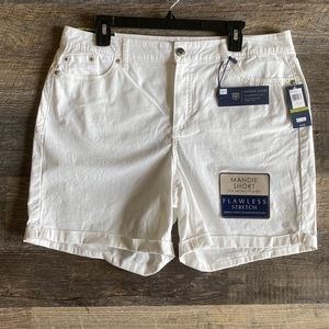 Bandolino Mandie Front Rise White Cuffed Shorts